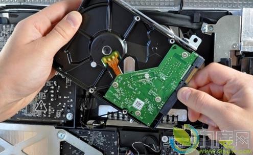 苹果新款imac笔记本硬盘无法更换